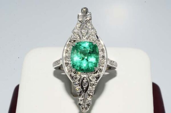 $31400 3.66CT ANTIQUE ART DECO NATURAL COLOMBIAM EMERALD & DIAMOND RING PLAT