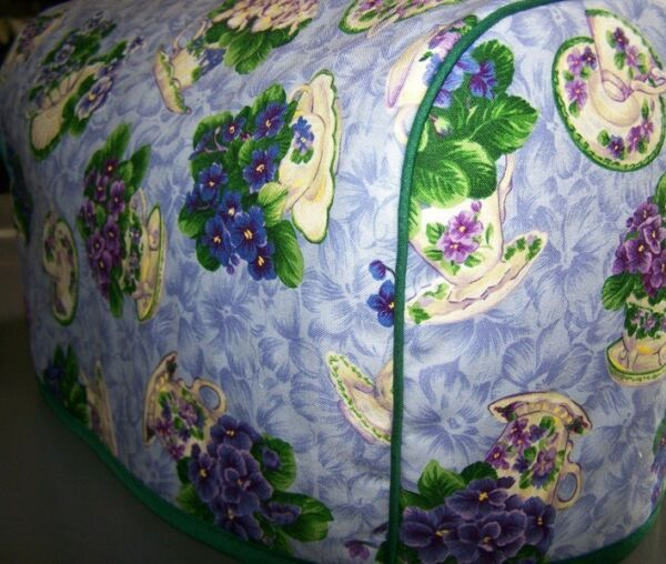 Violets in Tea Cups Quilted Fabric 2 Slice or 4 Slice Toaster Cover NEW