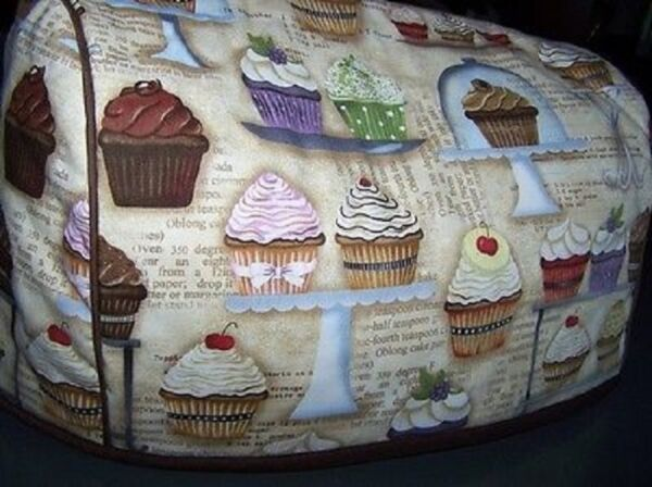 Cupcake Recipes Cupcakery Quilted Fabric 2 Slice or 4 Slice Toaster Cover NEW