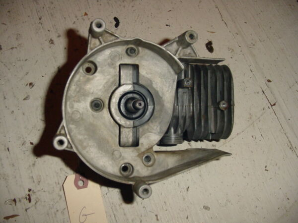 HUSQVARNA BLOWER 125 PISTON CYLINDER CRANK  BOX2735G