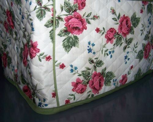 Rose Stems Quilted Fabric 2 Slice or 4 Slice Toaster Cover NEW