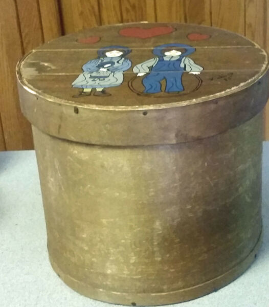 Vintage Primitive WOODEN PANTRY BOX Hand Painted Signed Lid Lined Round 11