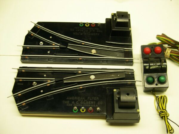 Pair 720A American Flyer Remote Switch Tracks w Illuminated Controller*