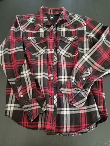 Element Men's Cotton Flannel Button Down Long Sleeve Shirt Size small Red Black