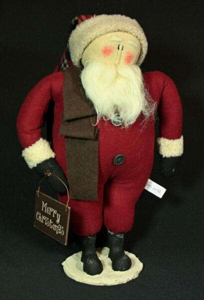 Primitive Chubby Santa With Merry Christmas Sign
