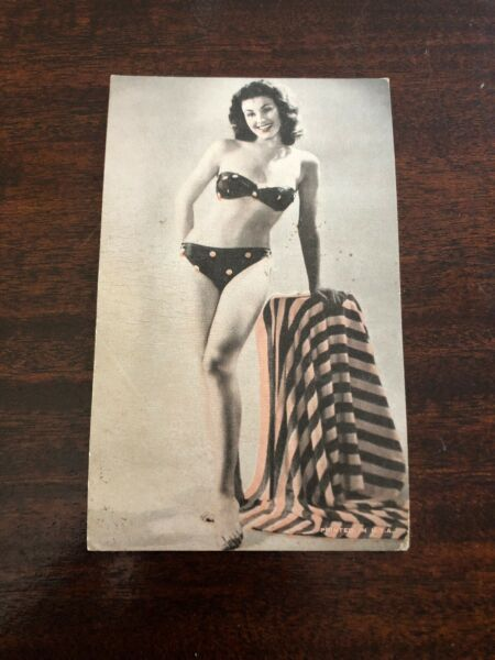 Vintage PIN UP GIRL Arcade Mutoscope Card 1940's USA Polka Dot Bikini