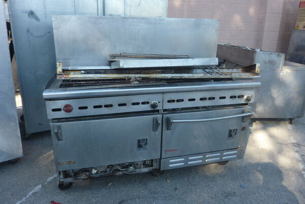 WOLF DOUBLE CONVECTION OVENS AND 10 BURNERS STOVECOMPLETES S900 MORE ITEMS