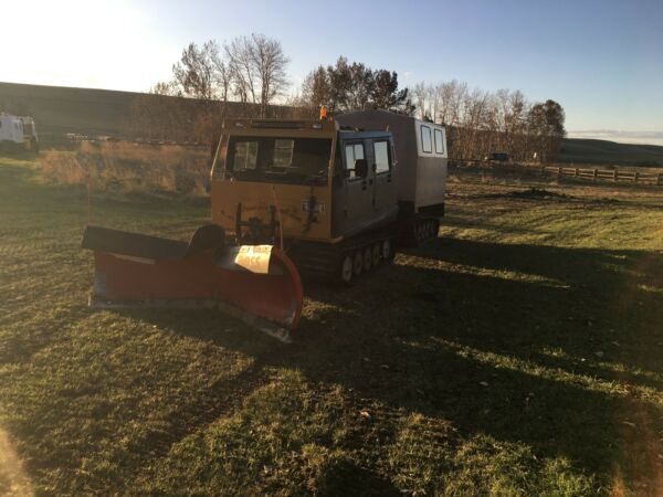 1986 Hagglunds with Boss snow plow and Aluminum rear cab Remanufactured