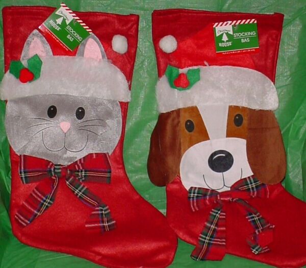 DOG AND CAT FELT STOCKING ** RED WITH PLAID BOW ** NEW ** 16 INCHES *** $5.99