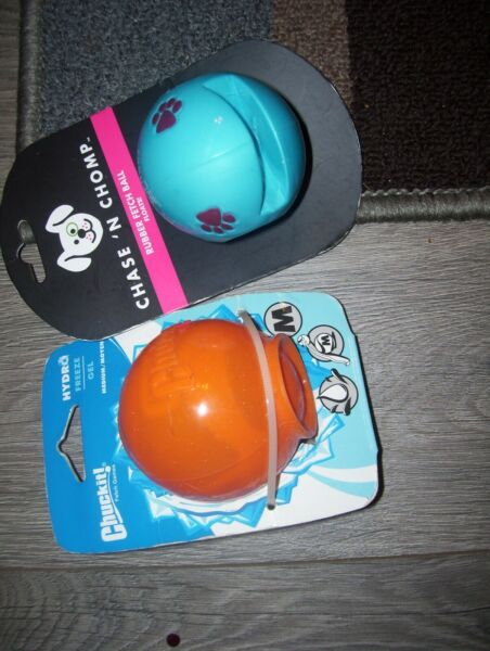 Chase n' chomp floating ball and chuckit! hydro balls for dogs-medium $4.50