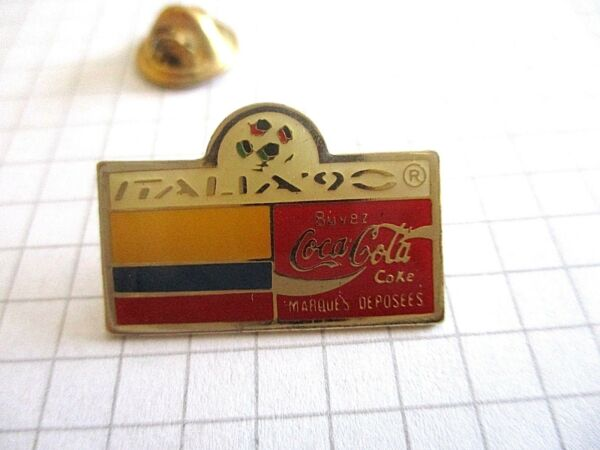 FLAG COLOMBIA WORLD CUP OF FOOTBALL ITALY 90 COCA VINTAGE LAPEL PIN BADGE us3