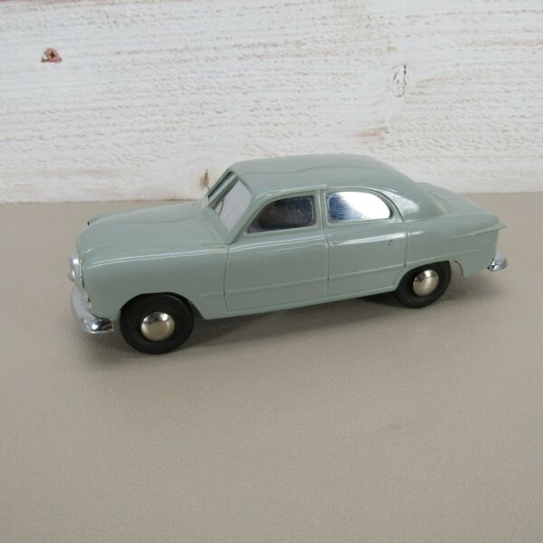 1949 VINTAGE FORD CUSTOM PROMOTION TOY CAR