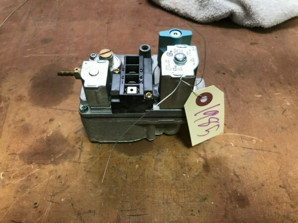 Used Furnace Gas Valve Carrier Bryant Payne 36E98 203 EF32CW192A $30.00