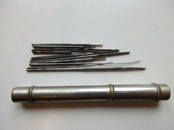 Tube 7.2 cm with small tools for watchmaker