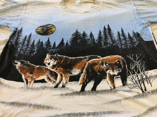 Vtg Wolf Wolves Moon Snow Single Stitch Acccord TShirt Large All Over Print USA