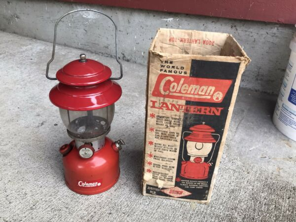 VINTAGE RED COLEMAN 200A LANTERN SINGLE MANTLE WITH BOX 1963 Original Camping