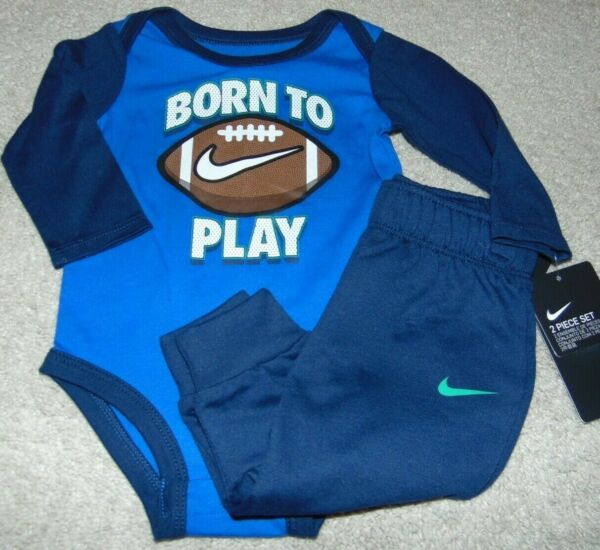NWT Boys NIKE Football Outfit Size 6 Months Super Cute: