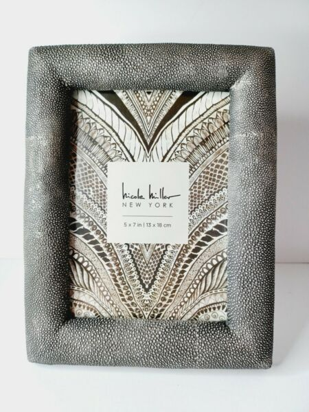Nicole Miller New York 5x7 Rustic Farmhouse Silver Picture Frame NEW $16.90