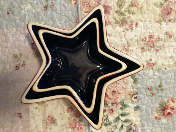set of 2 star shaped ceramic dishes never used $10.00