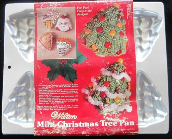 Wilton CHRISTMAS TREE 6 mold Minicake Pan