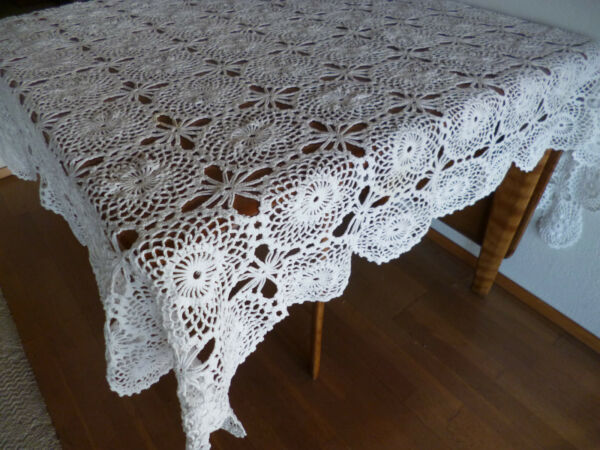 Vintage Hand Crocheted Lace Table Cloth  Medallions & Stars 54