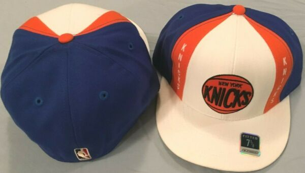 NEW YORK KNICKS SELECT 1 0F 10 AUTHENTIC FLAT BRIM FITTED OFFICIAL NBA CAPS