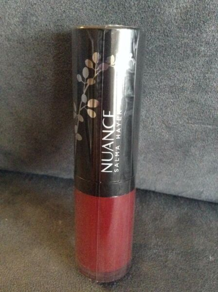 NUANCE SALMA HAYEK PLUMPING LIQUID LIPSTICK #725 MULLED WINE - NEW AND SEALED