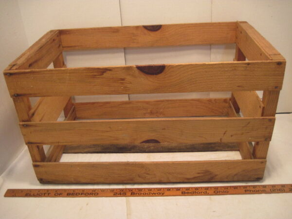 OLD VINTAGE WOOD-WOODEN MELON PRODUCE CRATE BOX RECORD HOLDER