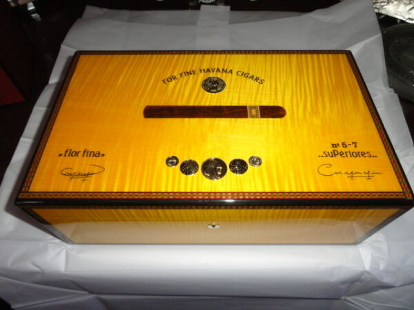Elie Bleu Medals Yellow Sycamore  Humidor 120 ct
