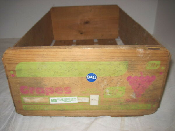 OLD WOOD-WOODEN GRAPES FRUIT PRODUCE CHILI BOX CRATE ADVERTISING