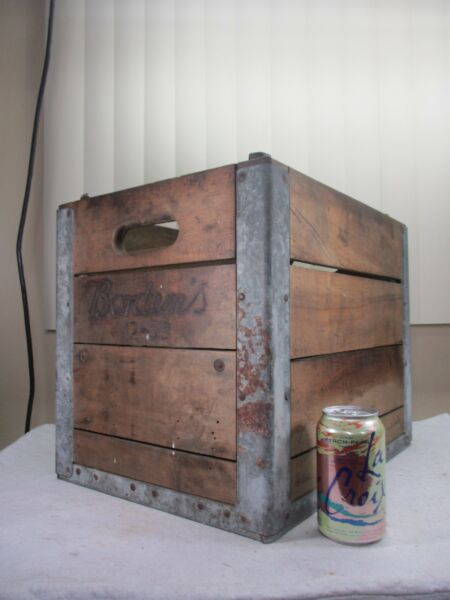Vintage 1953 Borden's Two Tier Reinforced Wood Milk Crate Case  VERY RARE CASE