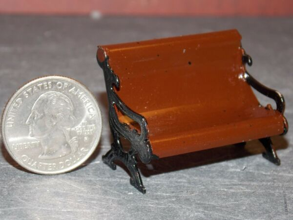Dollhouse Miniature Garden Park Bench 1:24 half inch scale H30 Dollys Gallery