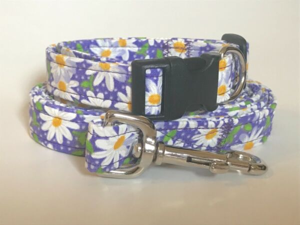 DAISIES DAISY ON PURPLE Dog collar and leash set you choose the size $28.99