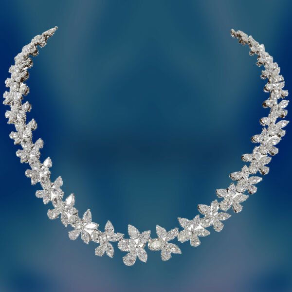 Diamond Platinum Wreath Necklace 56.77 carats of G color VS clarity diamond