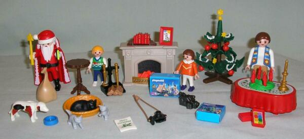 PLAYMOBIL CHRISTMAS LOT - SANTA TREE FIREPLACE PEOPLE DOG CATS