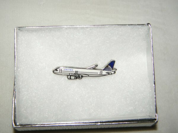 UNITED AIRLINES A320 AIRBUS AIRPLANE TACK PIN CONTINENTAL PILOT CHRISTMAS GIFT