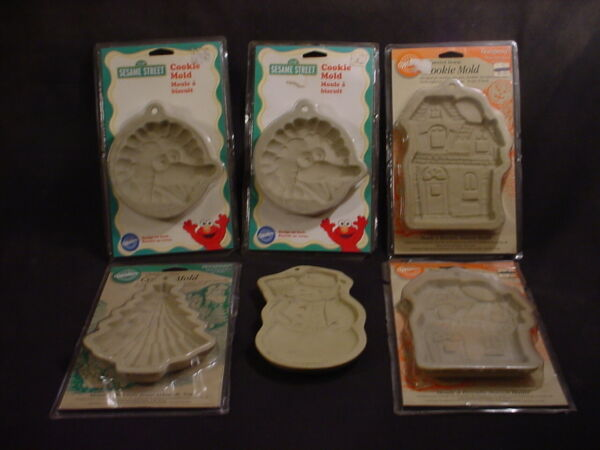 Wilton Brown Bag COOKIE MOLD 6 lot Christmas Tree Snowman Haunted House Big Bird