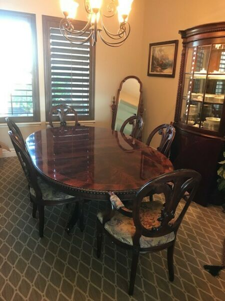 Heirloom Henredon DR Table 6 Chairs Hutch with two leaves velvet cover