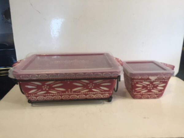 Temp Tations by Tara carved Old World Poinsettia Red Dishes 2 $19.99