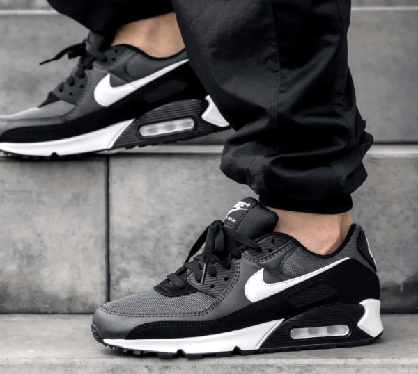 New NIKE Air Max 90 Essential Athletic Sneakers Mens gray black all sizes