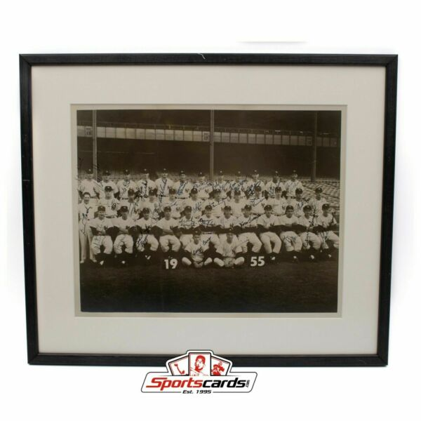1955 New York Yankees Team Signed Auto 11 x 14 Photograph w Mickey Mantle JSA