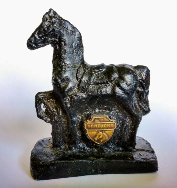 Vintage HORSE STATUETTE Statue Figurine MADE OF REAL COAL Kentucky