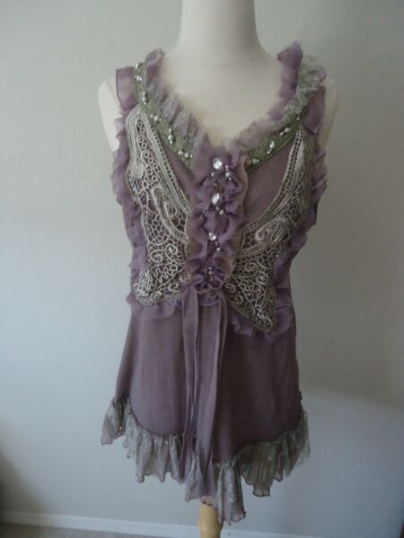 Pretty Angel Size L Mauve Butterfly Top with Lace and Bead Accents NWT