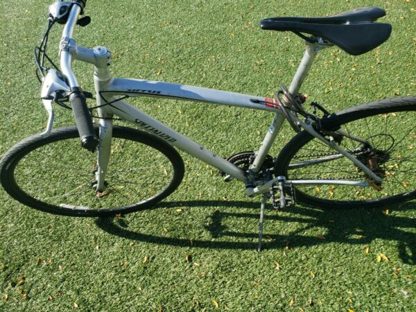 Specialized sirrus hybrid bike $399.00