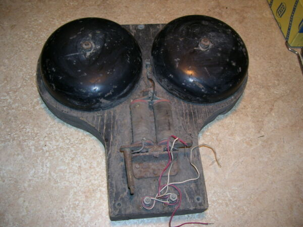 Antique Primitive Electric Home or School Wall Bell $23.99