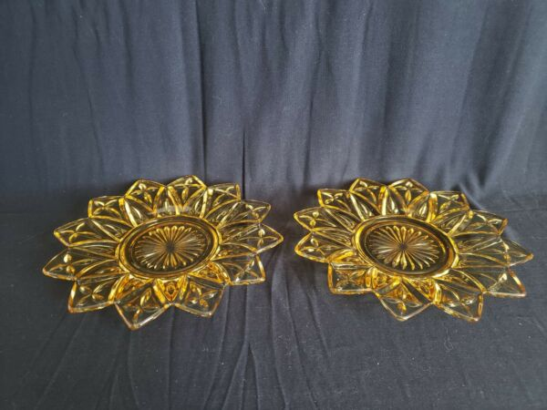 Vintage Federal Glass Flower Petal Glass Bread And Butter Plates Set Of 2
