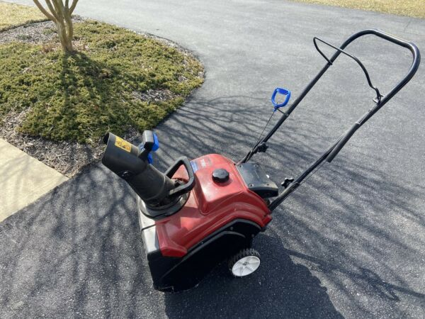 Toro Snow Blower Gas Used