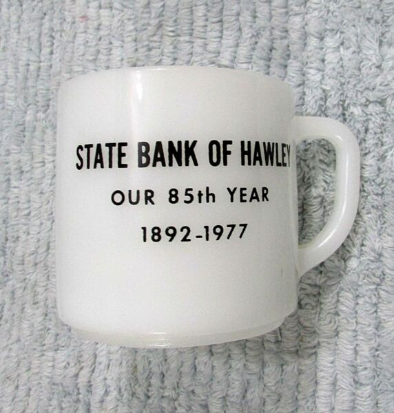 Vintage 1977 State Bank of Hawley MN Minnesota Old Federal Glass Mug Cup FREE SH
