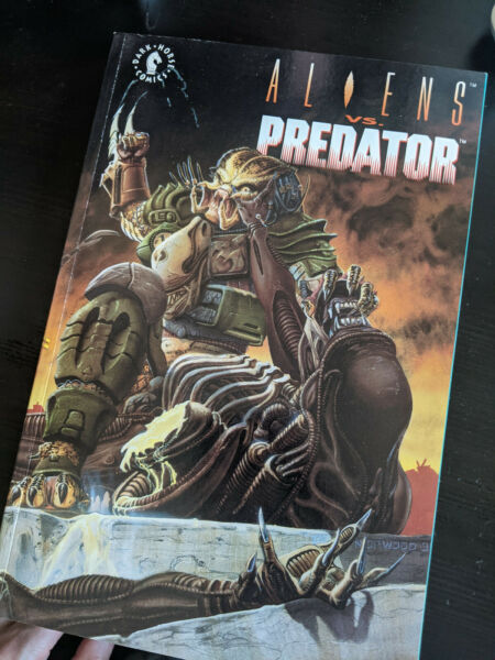 Aliens Vs. Predator TPB 1993 collection of stories from DHP and AvP