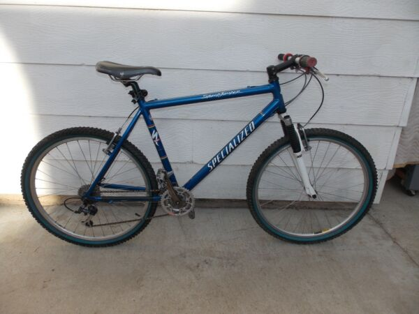 Specialized StumpJumper M2 21 Speed Mountain Bike 21quot; Frame Rock Shox Shimano $400.00